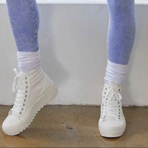 New high top super comfy boot sneakers